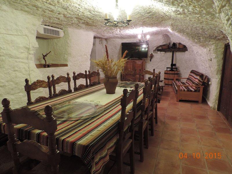 CASA LA BODEGA DE MARINA, holiday rental in Albacete