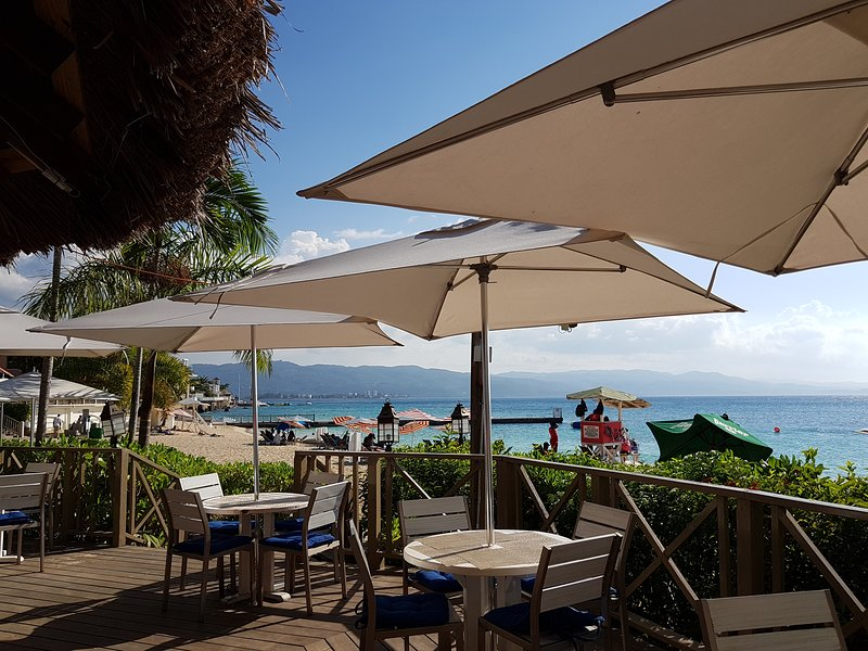 The Sand Bar at Doctor's Cave Beach Club