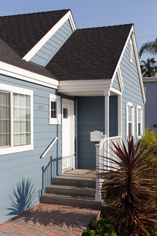 San Diego Pet-Friendly 3 Bedroom Beach House WiFi. UPDATED