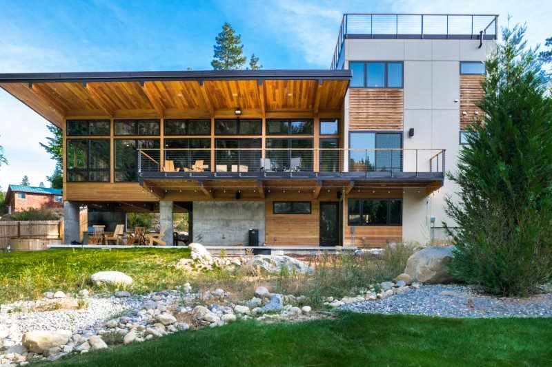 Gorgeous Modern Riverfront Vacation Home In The Icicle Valley Minutes To Downtow, vacation rental in Leavenworth