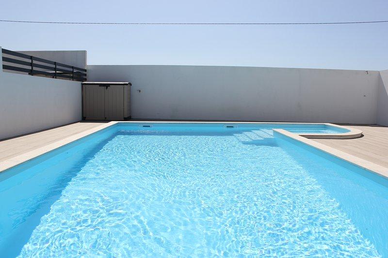 Luxury Apartment Berlenga, holiday rental in Baleal