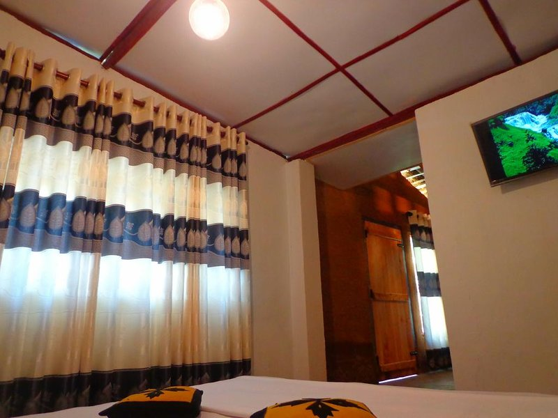 Ancient Gardens: Room 02, vacation rental in Kadugannawa