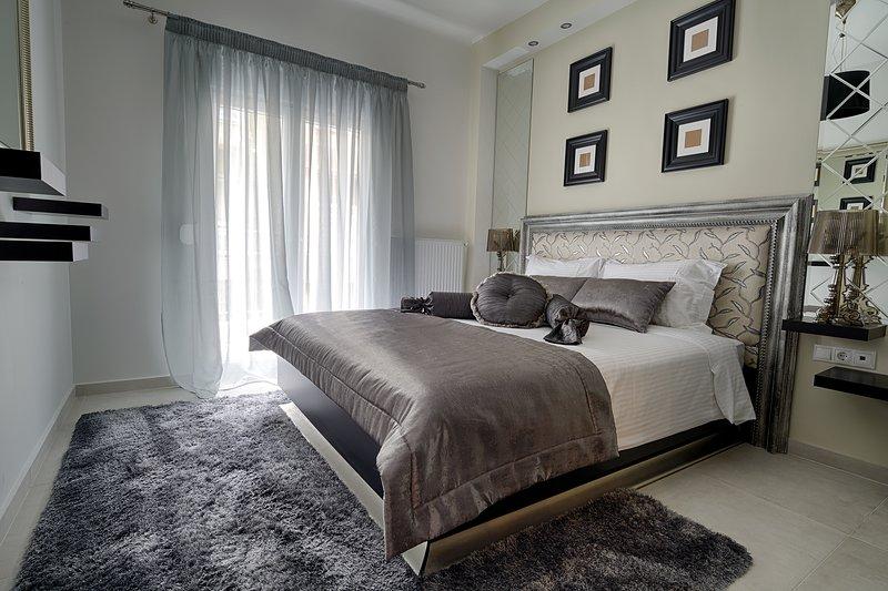Narcissus luxury Apt.(must), vacation rental in Oraiokastro