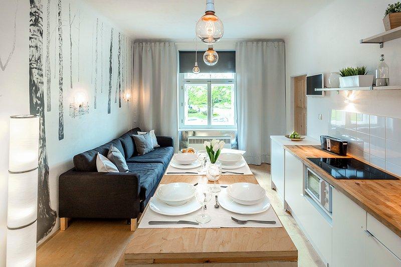 ❤️ NEW HOME ❤️ FREE GARAGE ❤️ 15 MIN OLD TOWN ❤️, location de vacances à Radonice