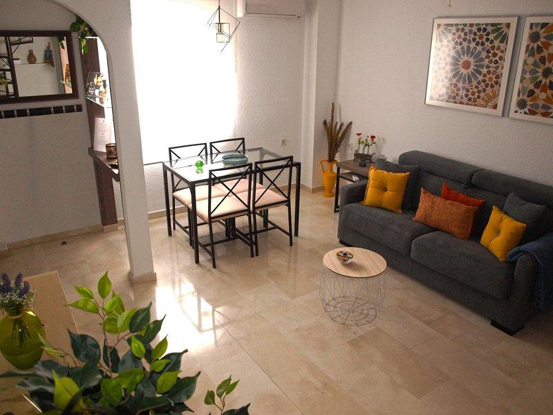 Lovely DUPLEX centro GRANADA La Corrala, casa vacanza a Atarfe