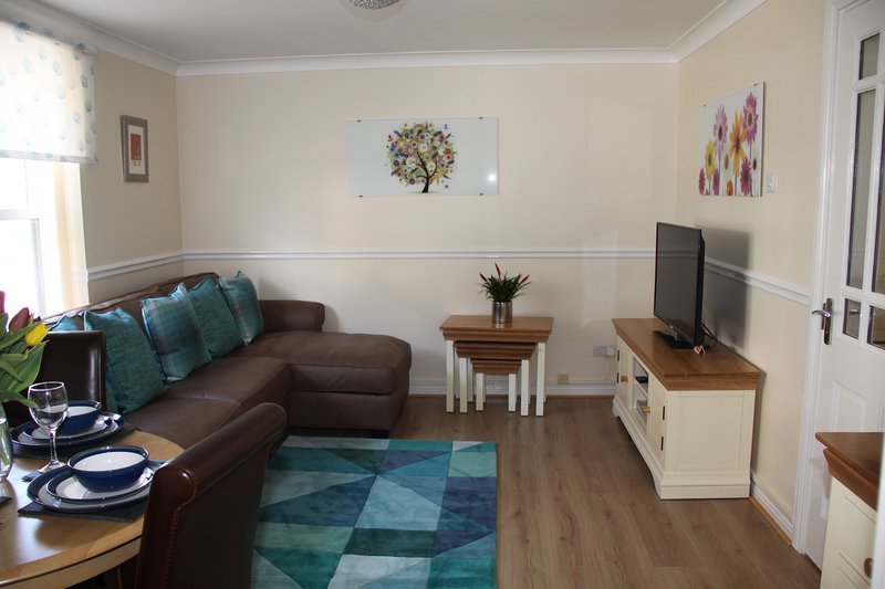 City Centre Apartment with Riverside Walks and Free Parking- No4P1, vacation rental in Fulford
