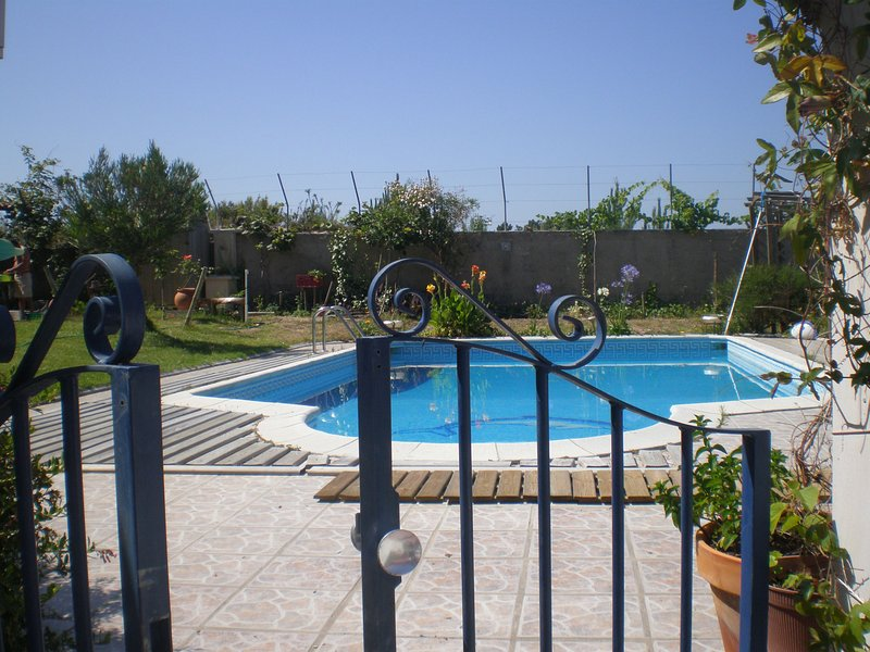 Amazing house with shared pool, holiday rental in Valado dos Frades