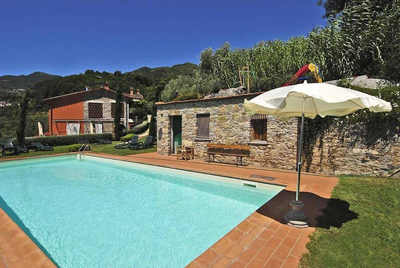 Casetta di Butia, Gelsomino apartment with swimming pool, vacation rental in San Romano