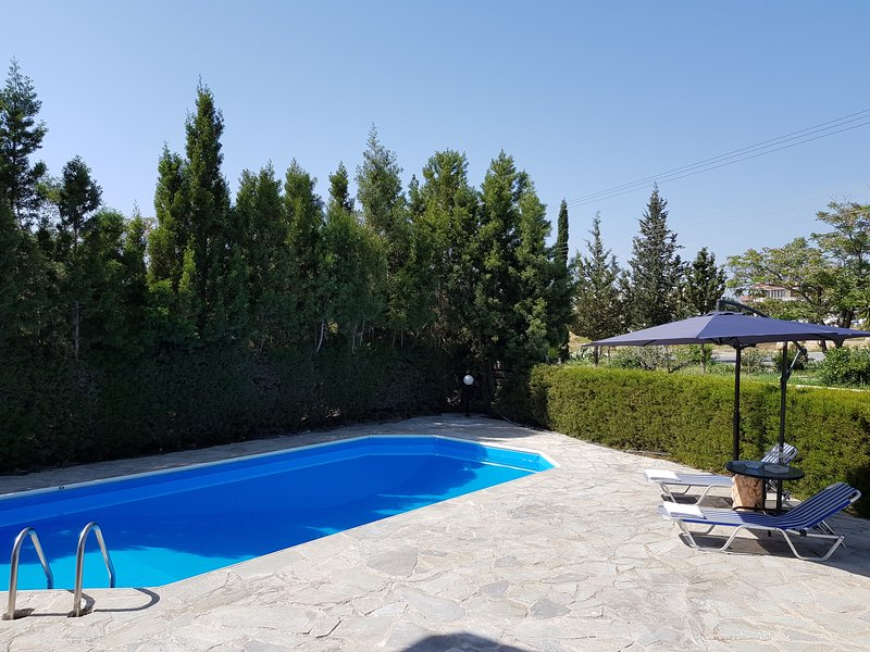 Brand New Private Luxury Villa with Pool in Paphos, holiday rental in Empa