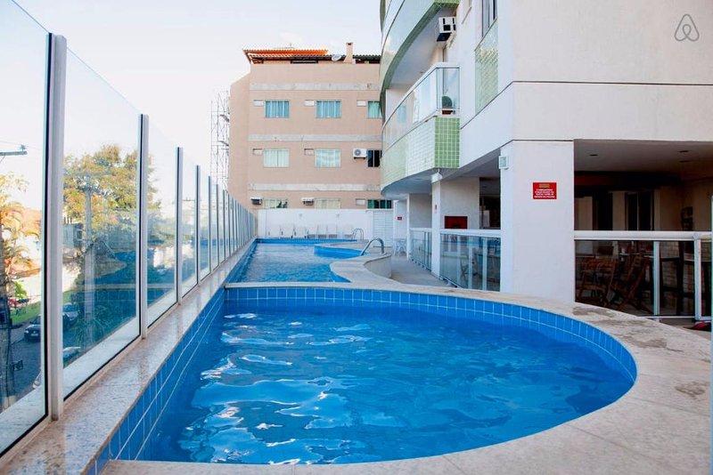 niños y adultos piscinas