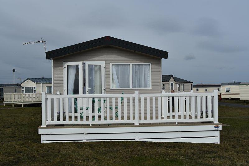 Luxury Caravan, holiday rental in Newbiggin-by-the-Sea