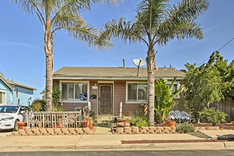 Welcome to your California home-away-from-home, with room for 6!