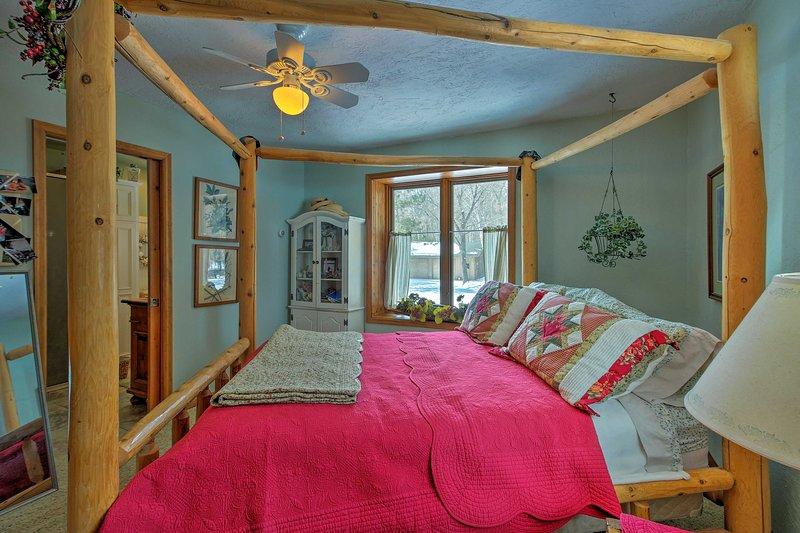 The master bedroom conveniently includes an en-suite bathroom.