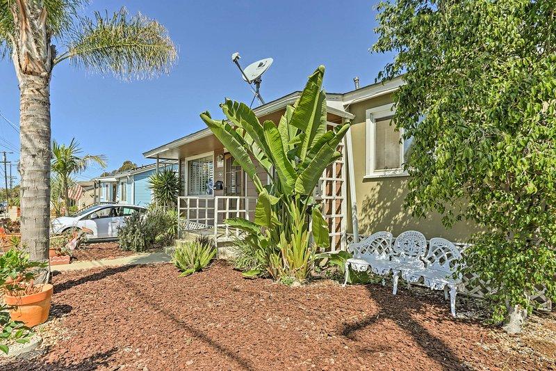 The home is located close to La Jolla, Balboa Park, and Coronado Island!