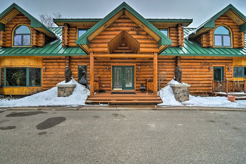 Bring the whole family on a peaceful retreat to this cabin!