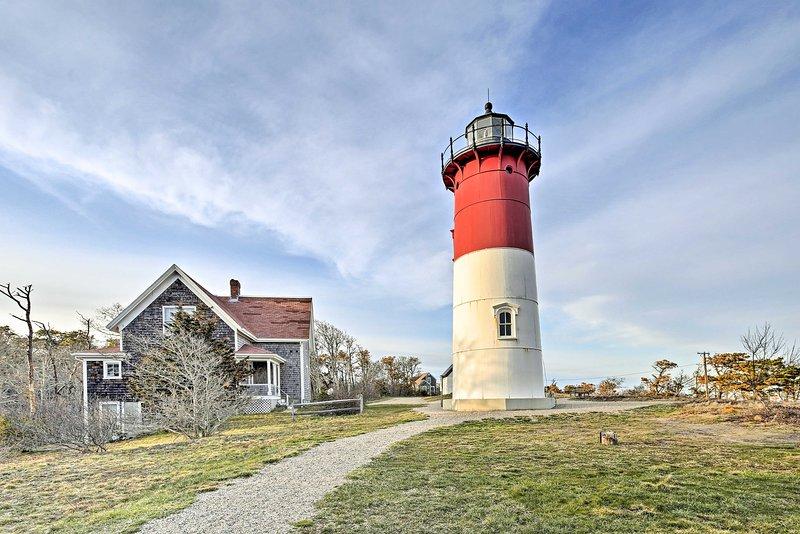 Photo-ops: Cape Cod Lighthouse: Nauset Light - Eastham, MA