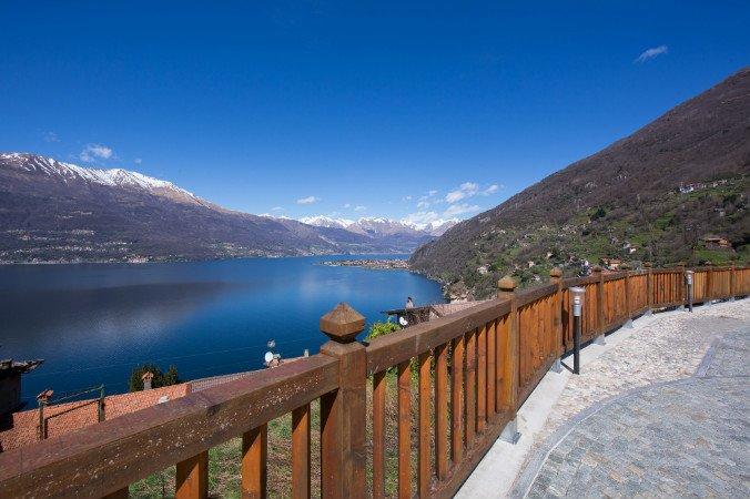 Blick auf den See von der Residenz