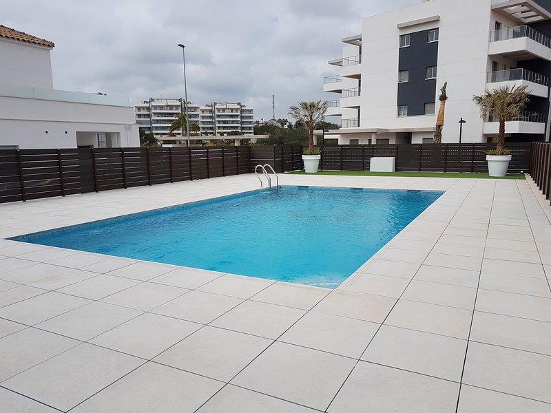 Fantastic 3 bedroom apartment, Mirador de Villamartin, Los Dolses, aluguéis de temporada em Los Dolses