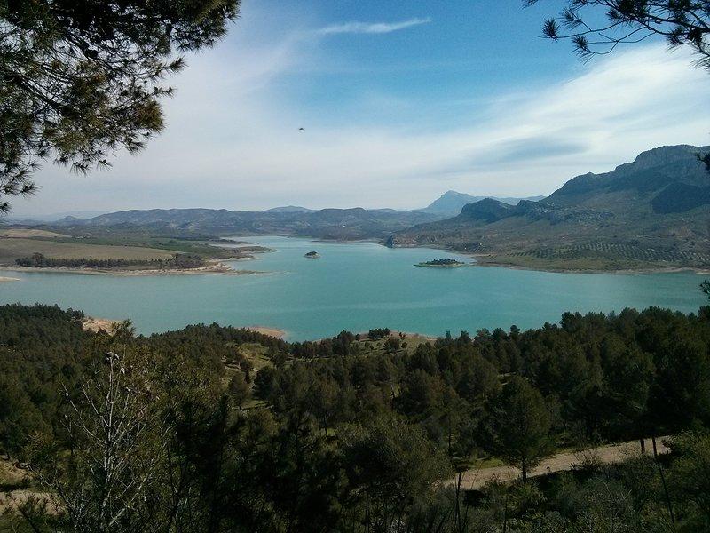 Lacs d'eau douce à proximité.