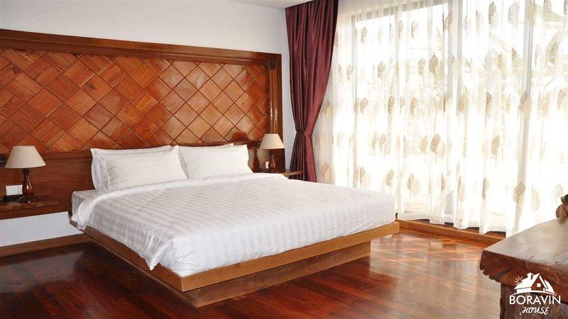 Boravin House ( 2 Bedroom and 1 Livingroom ), holiday rental in Svay Dangkum