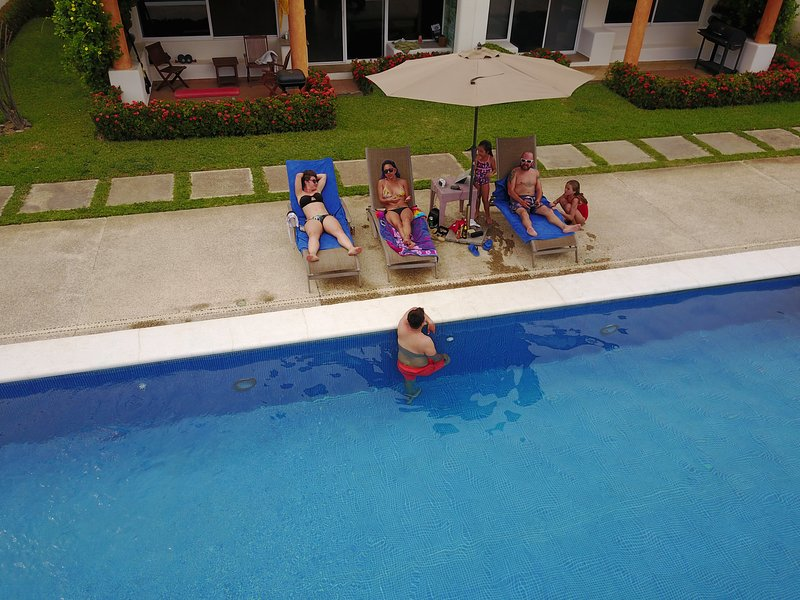 Hermosa Villa condominio entre el mayan y princess, vacation rental in Acapulco