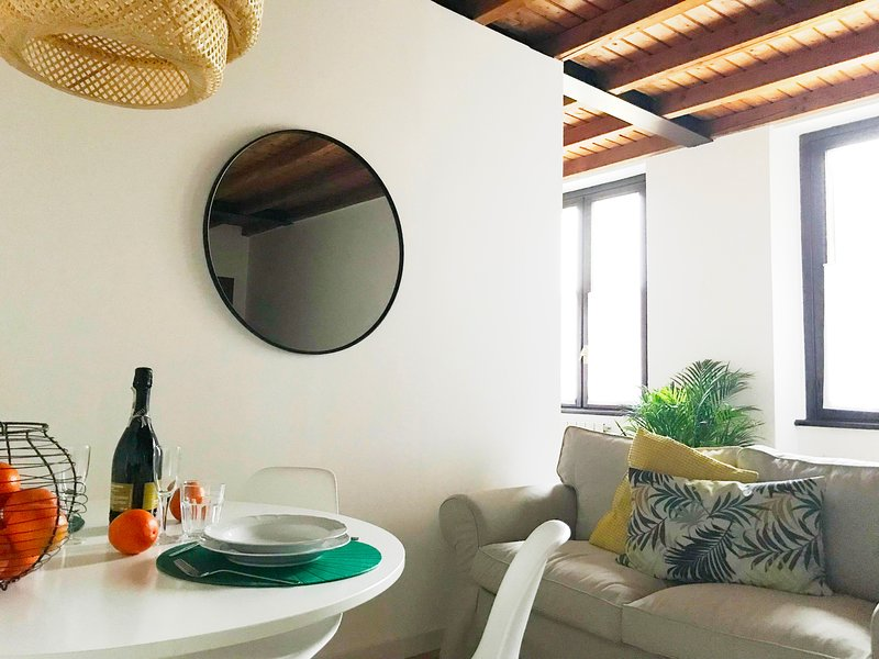 Iris Home, vacation rental in Como