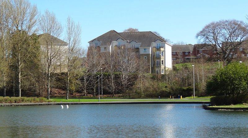 Lochview Apartment