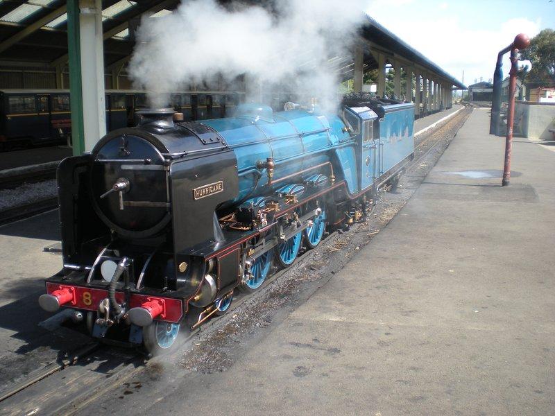 """Le """"petit train"""" - Romney Hythe & Dymchurch Railway - un jour hors de la famille."""
