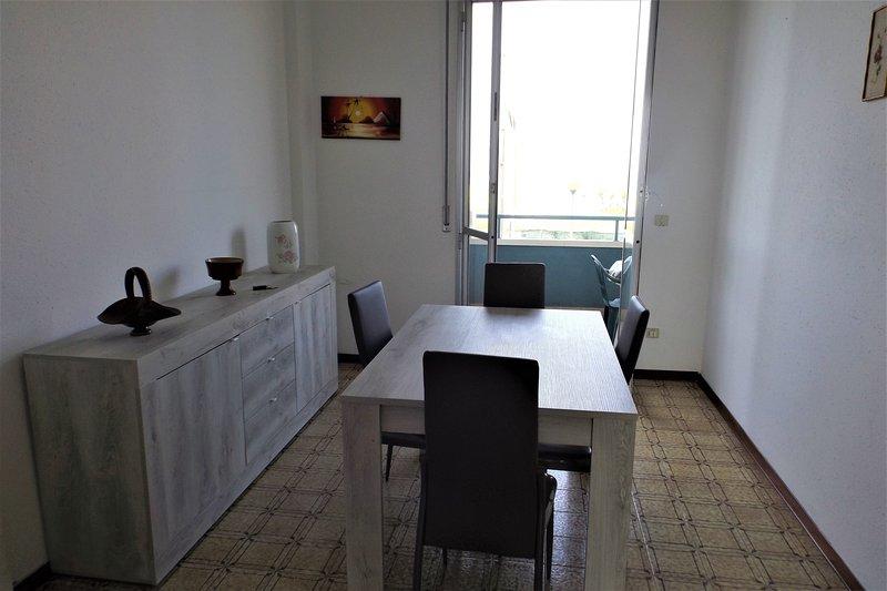 Appartamento estivo Omar a Marotta, vacation rental in Mondolfo