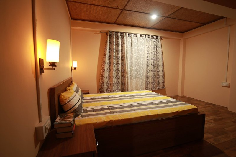 zimchung homestay - 2 bedrooms sleeps of 6, holiday rental in Tadong