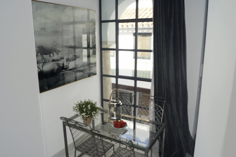 Luxury 2 bedrooms  Duplex with terrace next to the Mosque Cathedral, Ferienwohnung in Córdoba