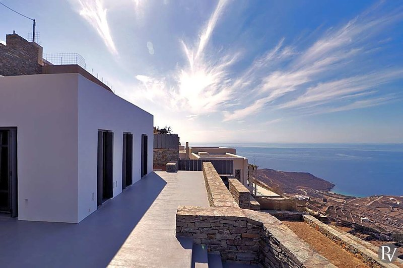 Kardiani Villa Sleeps 6 with Pool and Air Con - 5608596, holiday rental in Panormos