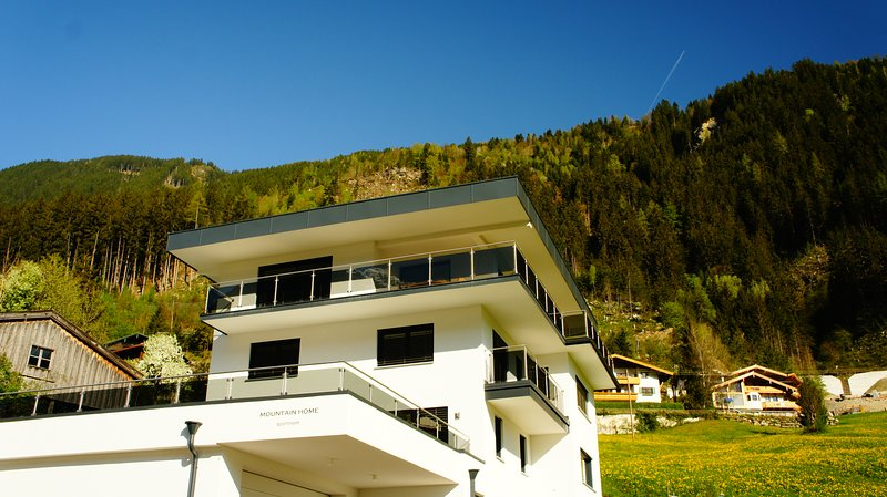 MOUNTAIN HOME apartment, holiday rental in Finkenberg