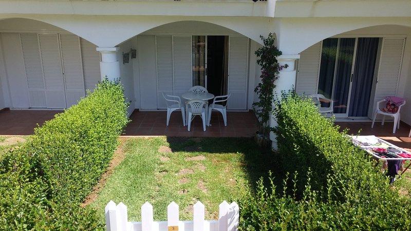 Apart. Planta Baja. Al-Andalus Residencial, vacation rental in Alcossebre