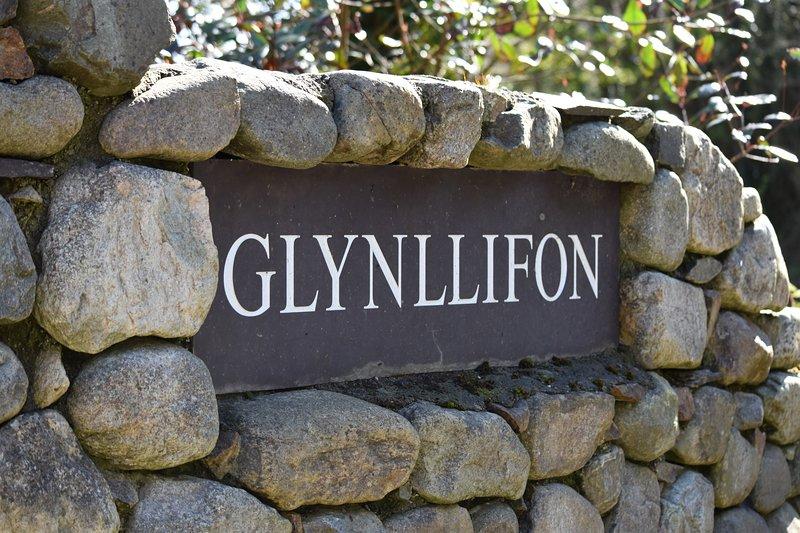 Glynllifon House.