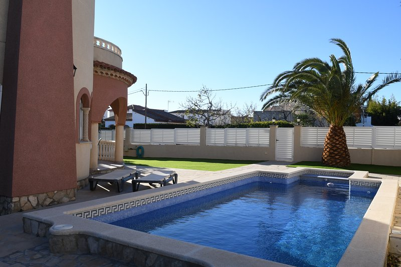 Villa Romántica, holiday rental in L'Ametlla de Mar