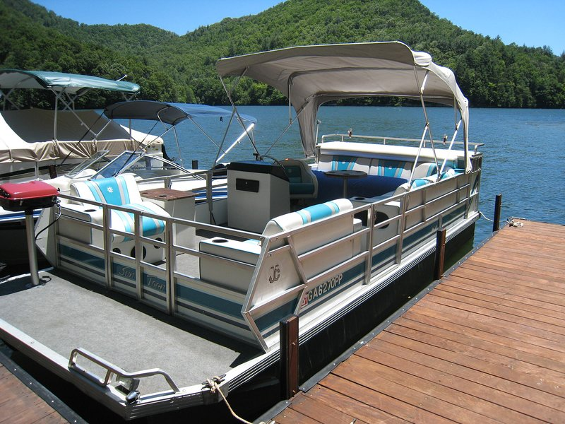 Lake Club pontão Boat Rentals