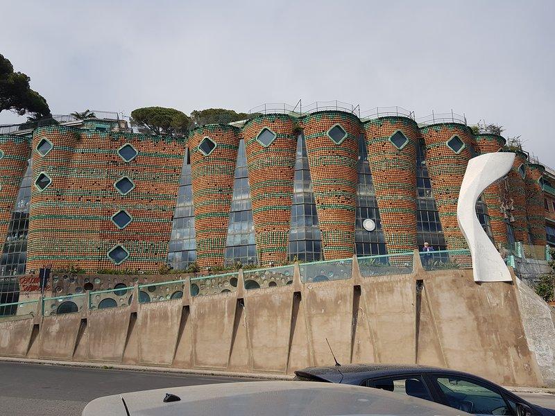 Vietri sul Mare Soleri Palace, que abriga a fábrica Solimene