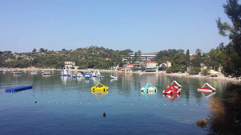 Srebreno beach and Aquapark