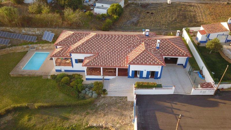 Villa 8 personne sur la côte de Lisbonne, casa vacanza a Gradil