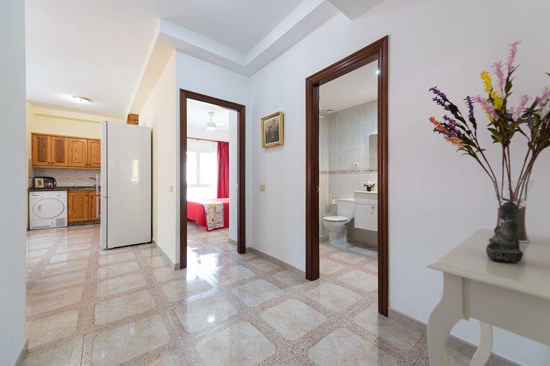 APARTAMENTOS CASTILLO MAR C,  2 dormitorios, holiday rental in Castillo del Romeral