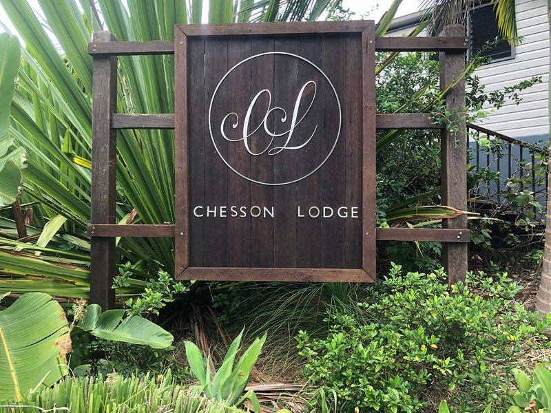 Chesson Lodge Luxurious accomodation, magnificent views and pool in Uki NSW, holiday rental in Limpinwood