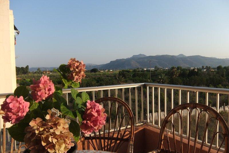 Playa Tavernes de Valldigna. Comodo Relax, holiday rental in Manuel