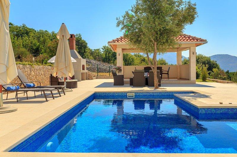 Hedera Estate, Villa Hedera VII, holiday rental in Orasac
