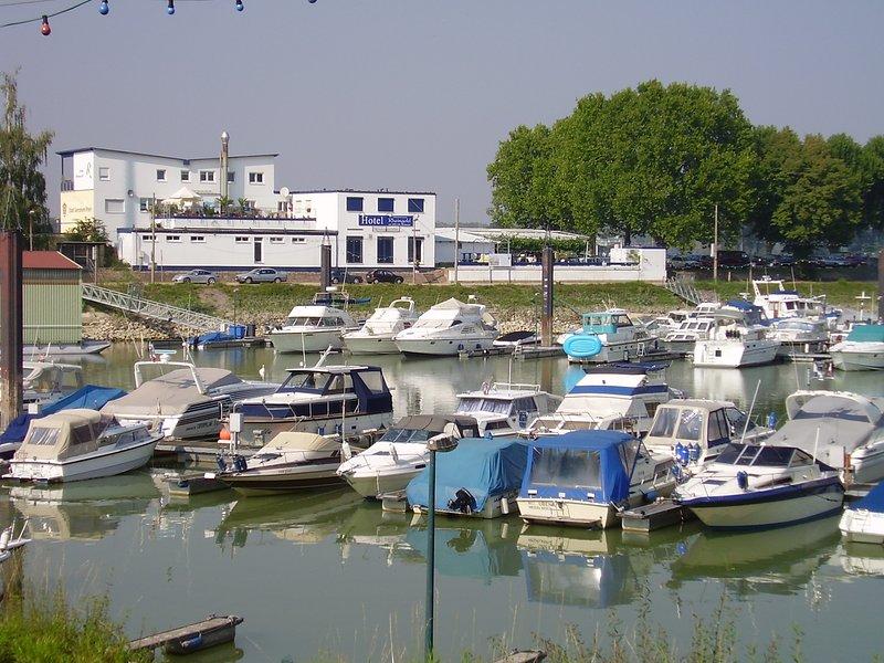 Gernsheim marina