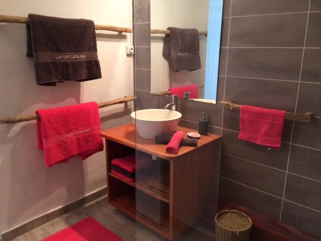 Italian bathroom shower