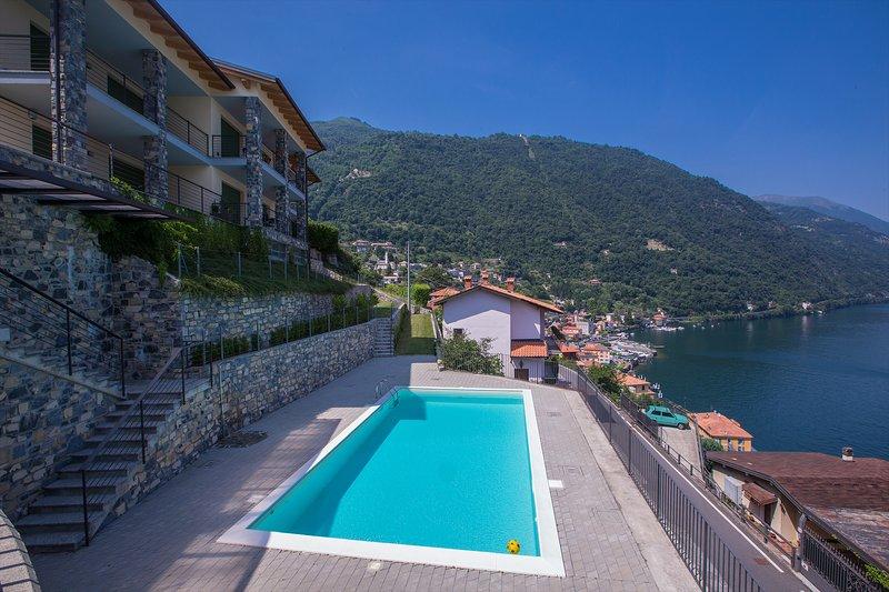 Gemensam pool med fantastisk sjöutsikt - 12 lägenheter