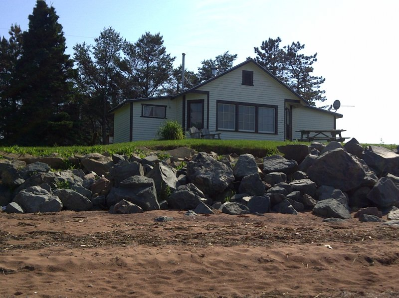 Amherst Shore Country Inn Cottage, casa vacanza a Bayfield