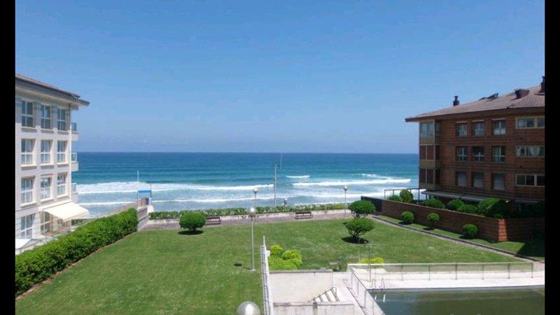 Urbanización  en  primerisíma linea de playa. Centro. Piscina y acceso a playa. – semesterbostad i Azpeitia