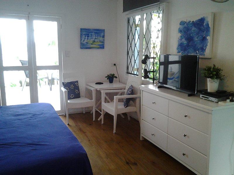 interior Estudio (dormitorio / sala de estar)